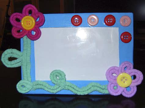 como decorar una cartulina para un proyecto como adornar una cartelera en cartulina maestra neila