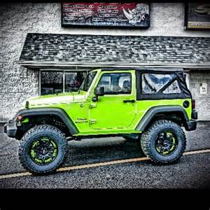 lime green jeep wrangler sprayed at rhino linings of de
