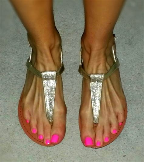 what color toes are in this spring my spring toes sinful colors 920 nailed it