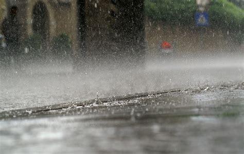Motorradfahren Im Regen by Regen N 228 Sse Sonstige Fotos Bild 4 Von 35