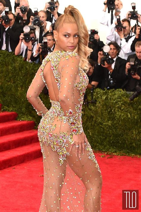 Carpet Wardrobe by Met Gala 2015 Beyonce In Givenchy Couture Tom Lorenzo