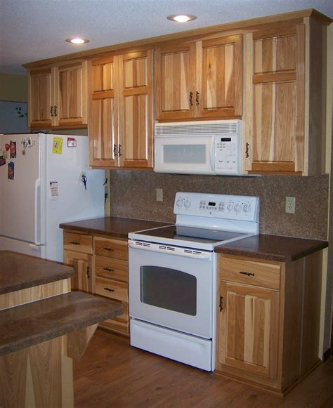 kitchens with hickory cabinets hickory kitchen cabinets cronen cabinet and flooring