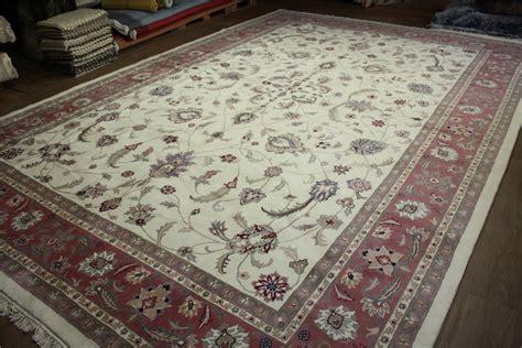 teppiche 250x350 teppich orient xl 540x370 cm handgekn 252 pft 100 wolle creme
