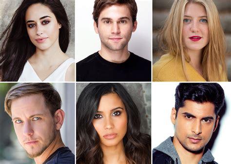 new actor grey s anatomy grey s anatomy season 14 new interns cast jake