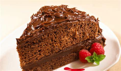 como decorar un bizcocho de chocolate pastel de chocolate