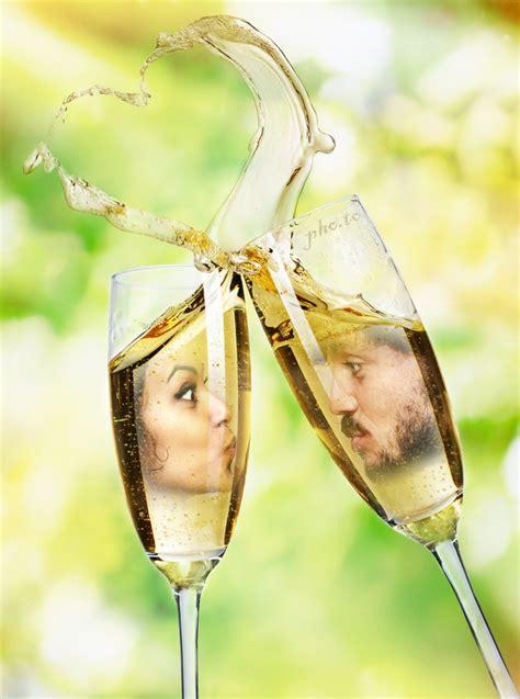 Creative online wedding ecard for two photos.