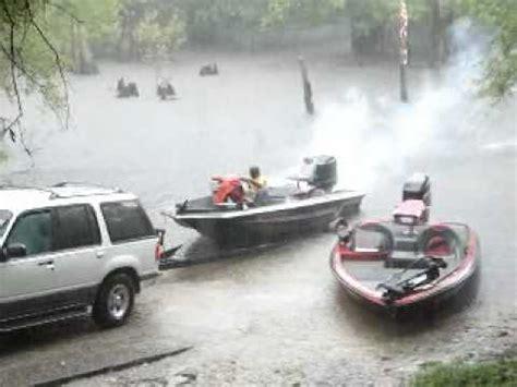 boat engine blows up evinrude blow up mp4 funnydog tv