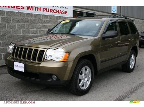 green jeep grand cherokee 2008 jeep grand cherokee laredo 4x4 in olive green