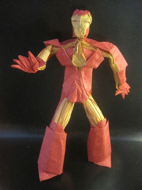 Origami Iron - 27 marvel ous origami superheroes