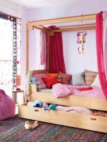Canopy Bed Small Room 31 Charming Canopy Bed Ideas For A Kid S Room Kidsomania