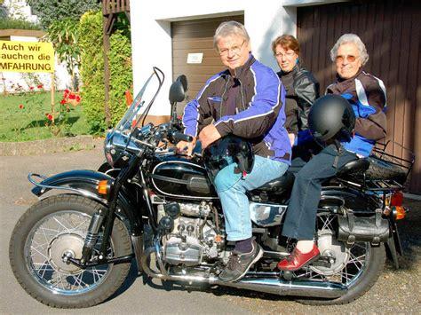 Motorrad Online De Unterwegs by Mit 85 Als Sozia Unterwegs Staufen Badische Zeitung