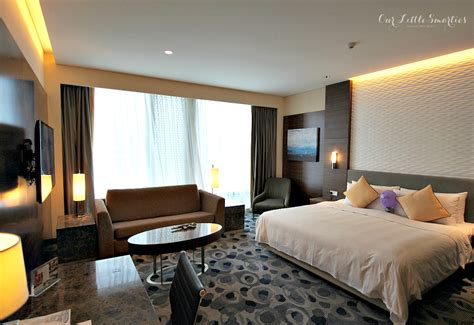 room suite accommodation orchard gateway singapore hotel jen orchardgateway singapore experience that jen