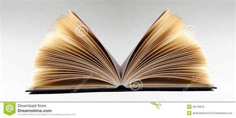 Book Review Just A Disco On An Open Top By Guard by Plan Rapproch 233 D Un Livre Ouvert Sur Le Fond Gris Image