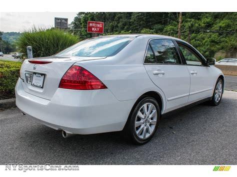 honda sedan 2007 2007 honda accord se v6 sedan in taffeta white photo 4