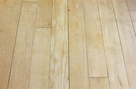 Gaps in Hardwood Floors   Mr. Floor Companies Chicago IL