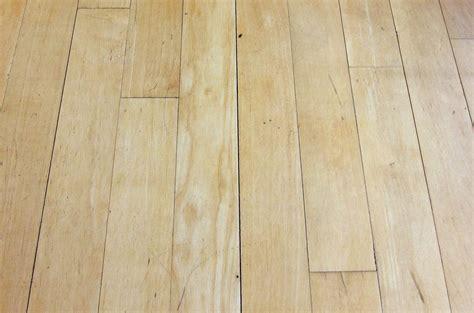 Gaps in Hardwood Floors   Mr. Floor Companies Chicago IL