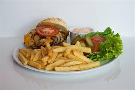 steak house music hamburger foto di groppi s rock music steak house mira tripadvisor