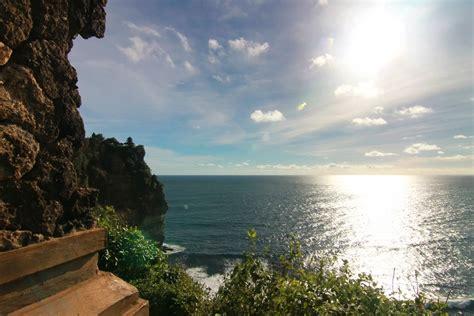 Kain Pantai Khas Bali By Aga Bali pura uluwatu pesona yang mengiringi matahari tenggelam