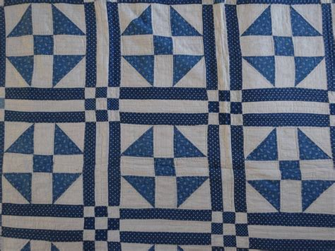 Sachetan Shoo Sho Vienna 2in1 shoo fly quilt block in a grid that forms nine patch in the intersections at 1stdibs