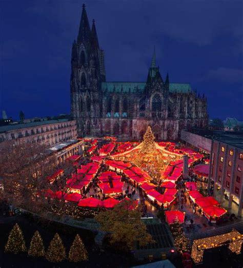 so the den christmas so gro 223 kann die vorfreude auf den weihnachtsmarkt am k 246 lner dom sein k 246 lner weihnachtsmarkt