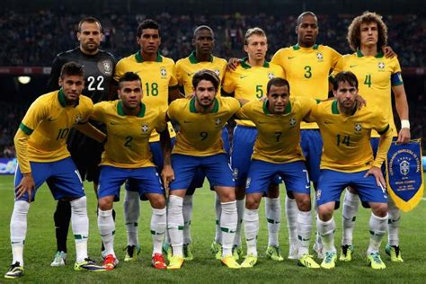 the 11 football players of brazil 2014 the10bestreview