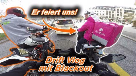 Motorrad Fahren Gemeinsam by Motorradfahren Gemeinsam Mit Izzi Merch Ist Da Drift