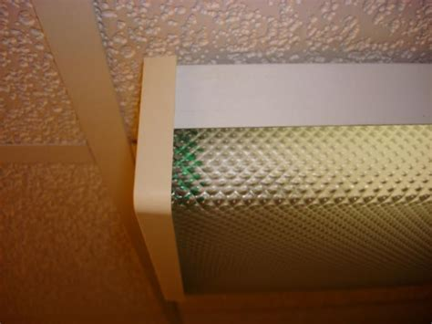 remove bathroom light cover difficult to remove lens from fluorescent fixture
