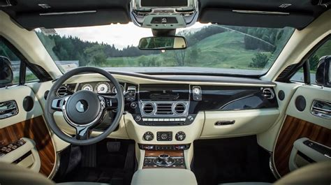 rolls royce interior wallpaper 2014 rolls royce wraith interior an absolutely gorgeous