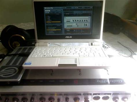 Asus Laptop Running Linux asus eee as cheap tiny pc guitar rig 3 linux tips cdm create digital