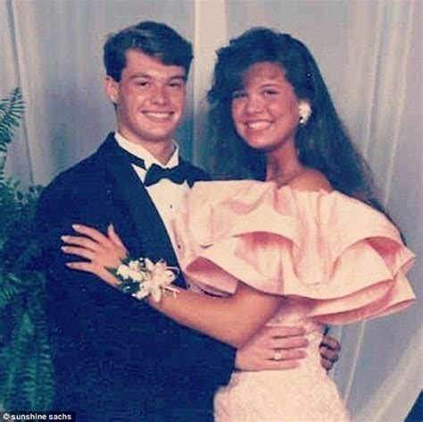 Seacrest Gets Everyone Laughing by 106 Best Images About Prom Pic S On Brad Pitt