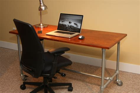 Diy Build A Desk Diy Rolling Desk