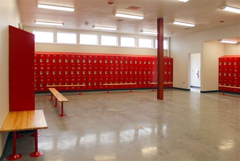 college locker room gustine high school locker rooms ct brayton sons inc