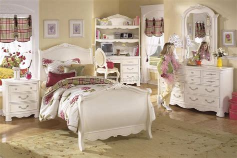 Home Decorating Stores Toronto by Amazing Girls Room From Sunflower Furniture