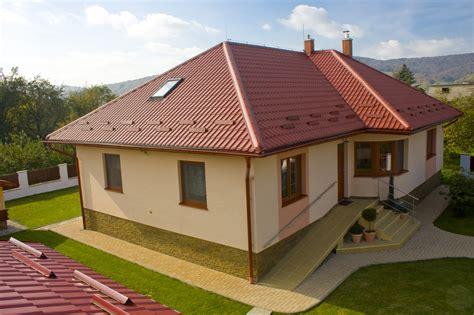panneaux tuiles acier projet toit sur terrasse
