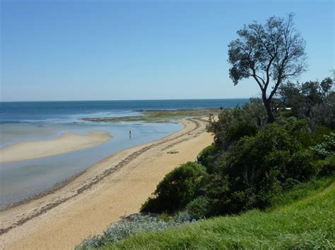 point of rocks west beach cam sea club v beaumaris photos travel victoria accommodation
