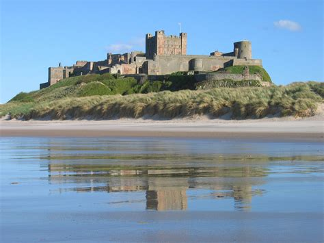 Viewing History Lindisfarne by File Bamburgh 2006 Closeup Jpg