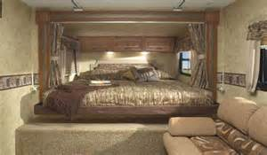 King Size Bed Travel Trailer