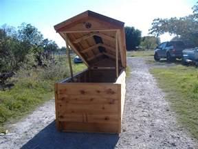 custom build a house custom well pump houses custom ac heated insulated dog house