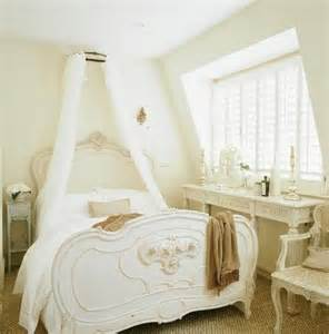 French Country Bedroom Decorating Ideas Romantic White Bed In French Country Style Bedroom