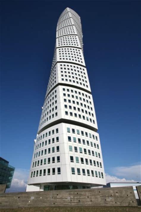 santiago calatrava turning torso tower malmo sweden turning torso
