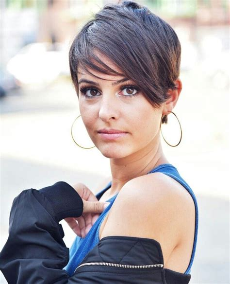 haircut to a beautiful brunette pixie youtube 2974 best pixie haircuts images on pinterest hairstyles