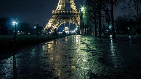 free download video film eiffel i m in love eiffel tower tower paris lights night hd wallpaper man