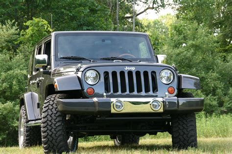 Ultimate Jeep Jeep Wrangler Unlimited Ultimate Photo Gallery Autoblog