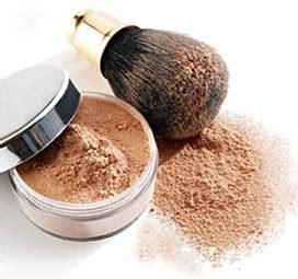 perfectm 233 lange choosing the right foundation powder foundation1 jpg