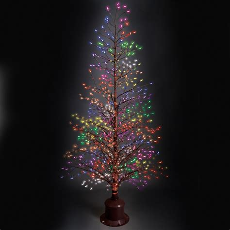 Twinkle Light Tree the color changing twinkling light tree hammacher schlemmer
