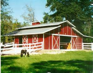 Small Barns And Sheds Red And White Rca Barn Jpg