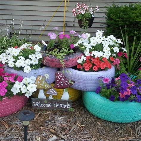 Tire Planters Garden by Colorful Garden Tire Planters Painted Tires And Tire