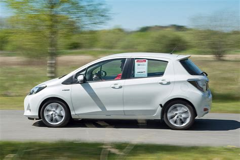 Autobild Yaris Test by Gebrauchtwagen Test Toyota Yaris Hybrid Bilder Autobild De