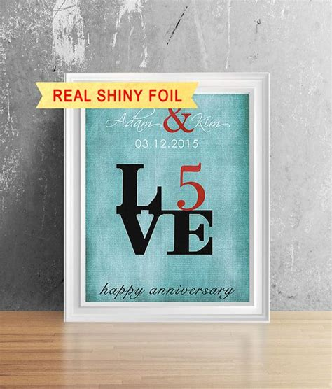 5 year wedding gift for him best 25 5 year anniversary gift ideas only on pinterest