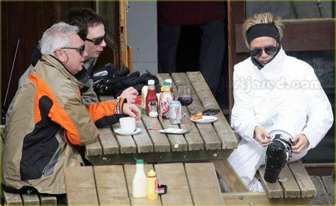 Posh Hits The Slopes by Sized Photo Of Beckham Skiing 16 Photo